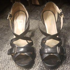 Cole Haan 7 black leather sandals